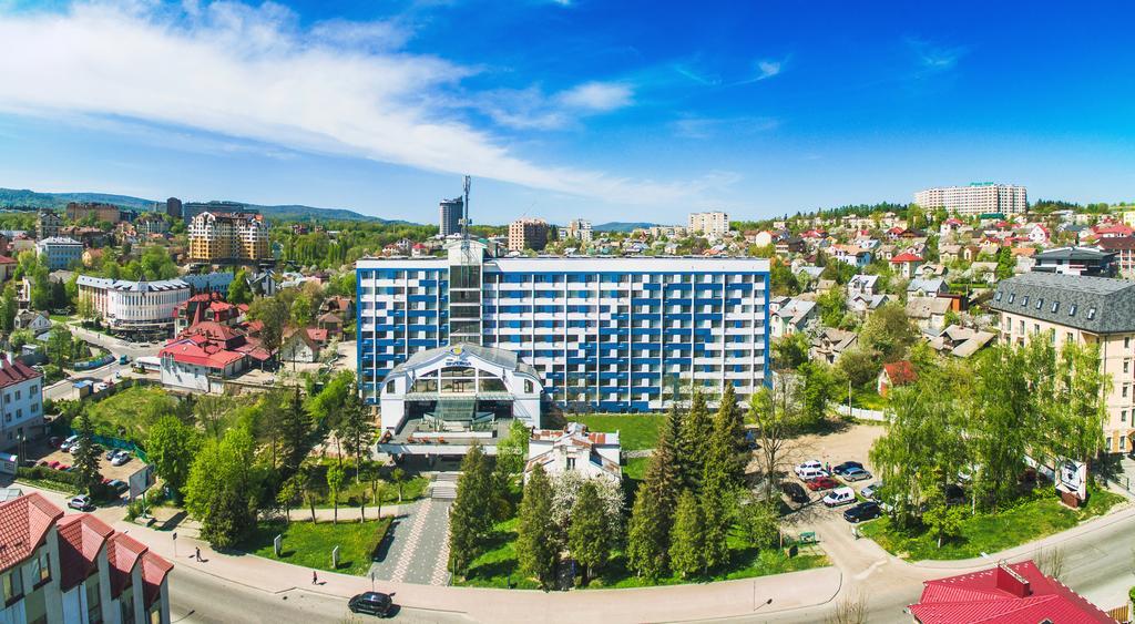 Готель «Трускавець 365»