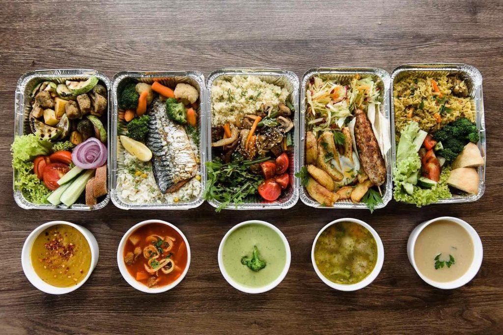 Обіди від «Holly Bush»: кожен день нові страви, які не повторюються впродовж тижня