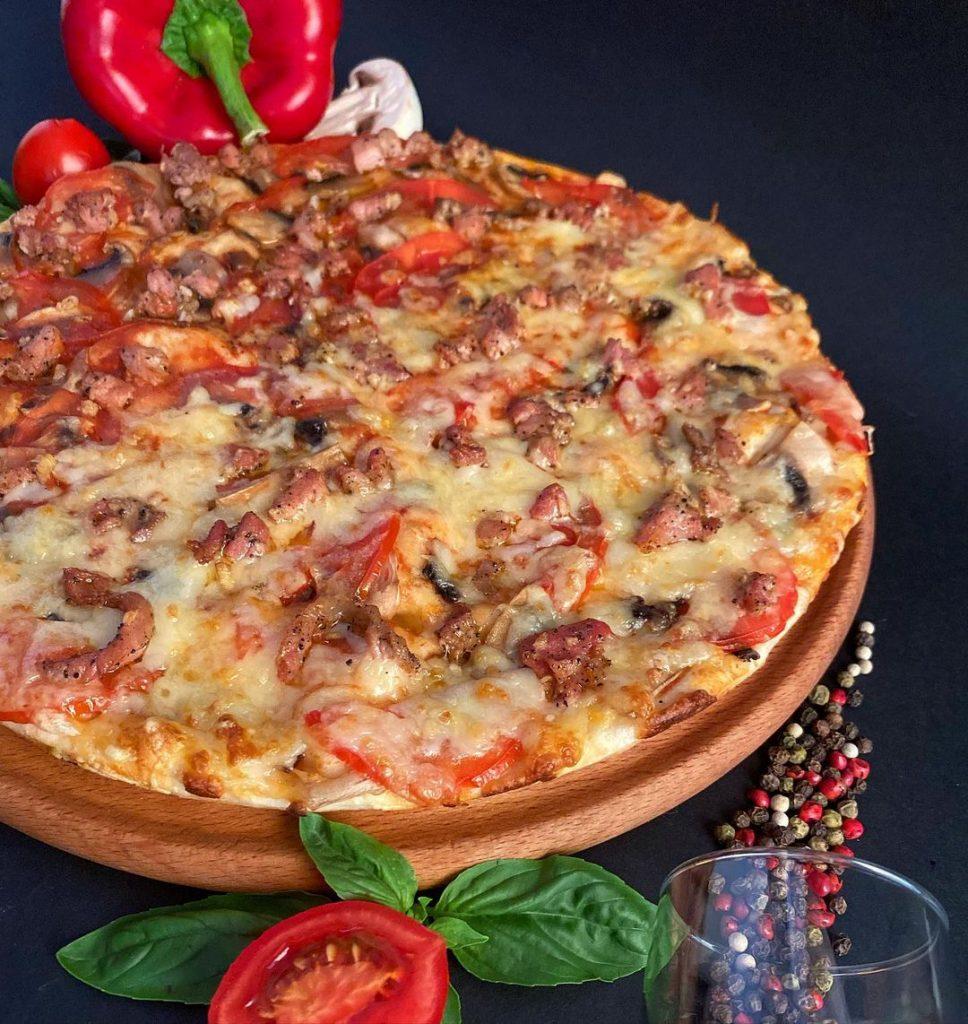 «Wok & Pizza»