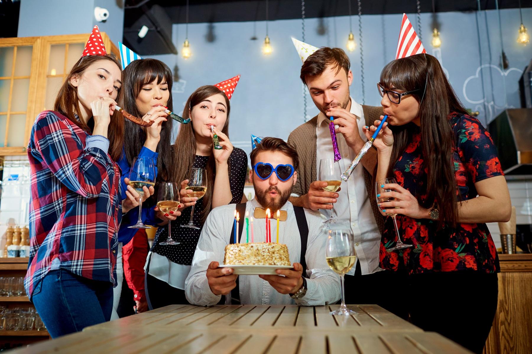день рождения необычно для взрослых