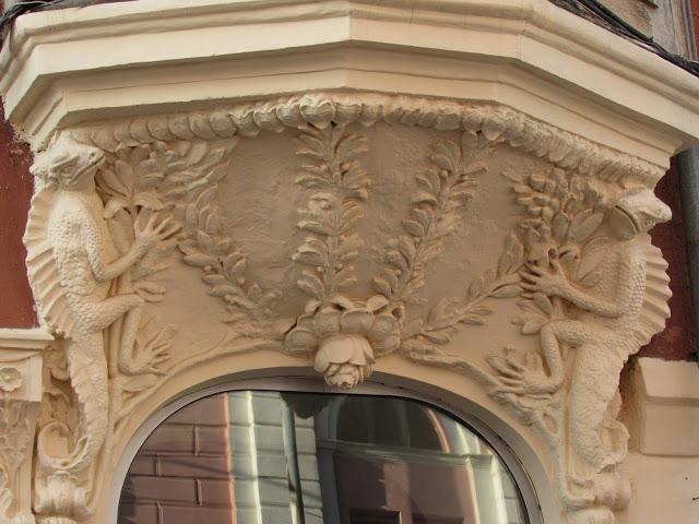 Гинзбург – один из первых специалистов, применивших железобетонные конструкции в строительстве