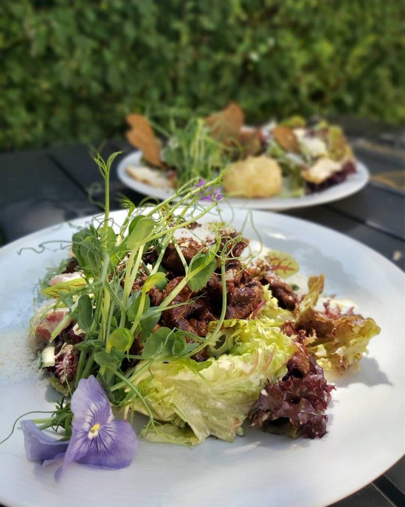 Свіжі салати – і смачно, і корисно