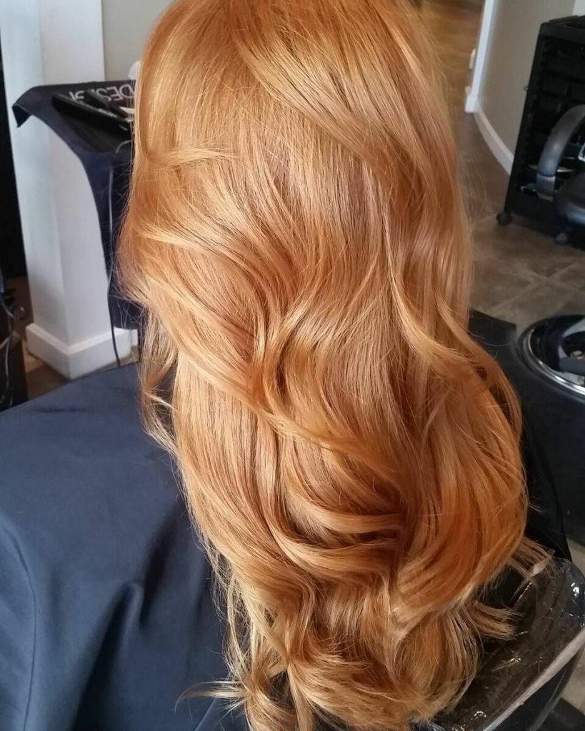 Медовий колір волосся – підніме настрій і допоможе виділитися з натовпу