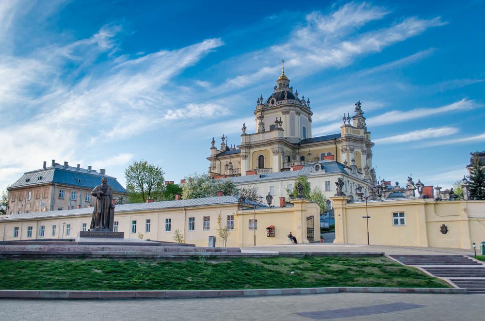 Собор Святого Юра – яскравий взірець європейського бароко